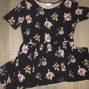 Honey and lace floral dress 2x